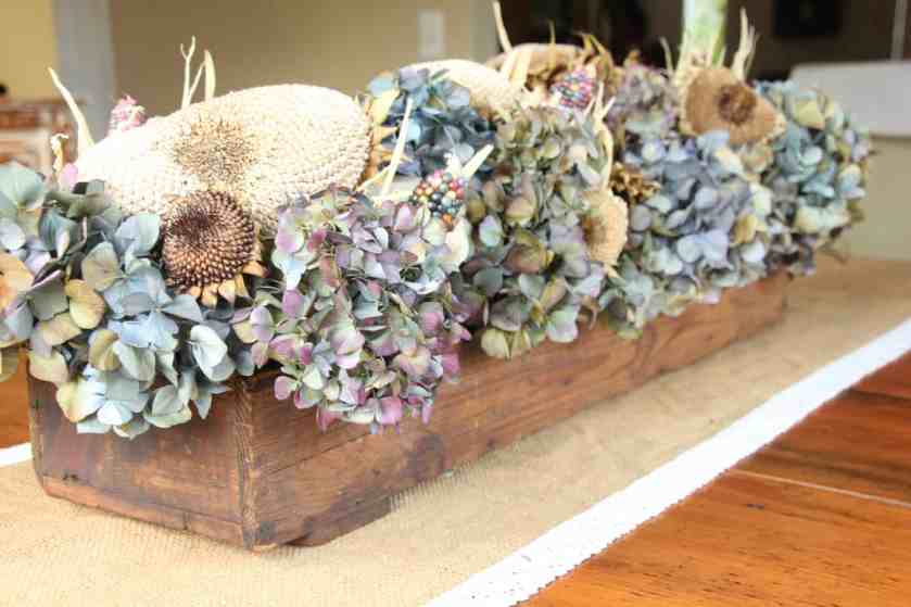 easy fall table centerpiece