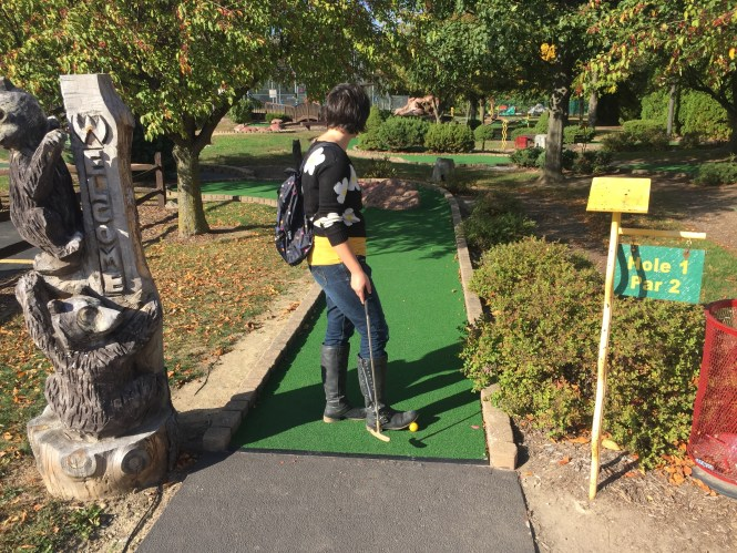 Starting the game at Hole 1