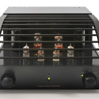 ProLogue+Premium+Preamplifier+-+black+-+front+with+cover+-+HR+-+JPG