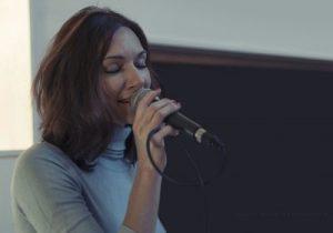 Lilli Sängerin acoustic Tree