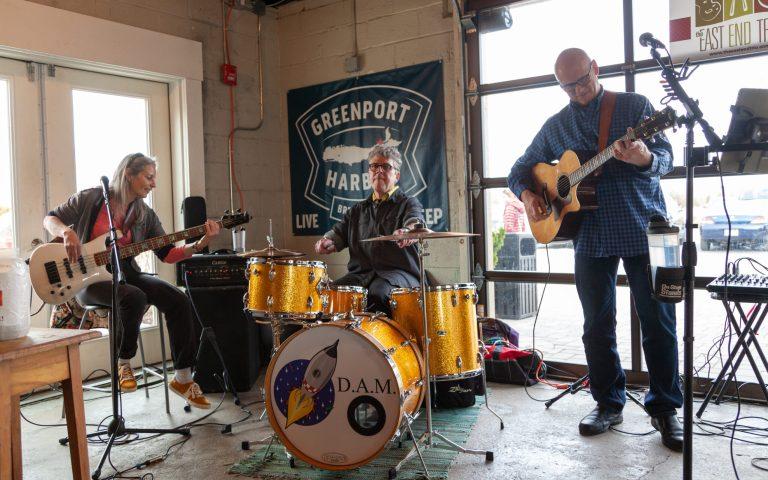 east_end-trio-live-performance