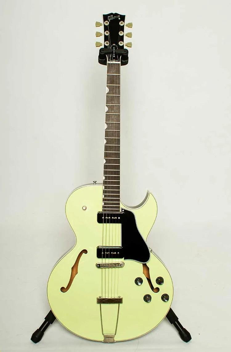 1997 Gibson ES-135 Semi-Hollow Electric guitar