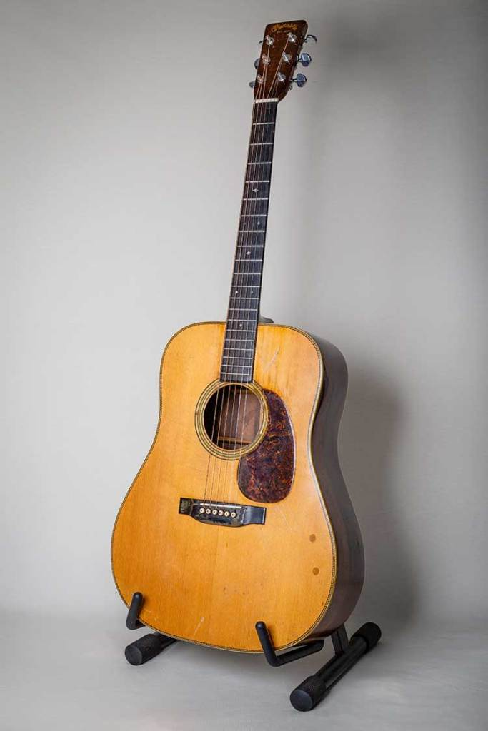 full body shot of Jerry Garcia's Martin D-28 acoustic guitar, photo by Becky Logan
