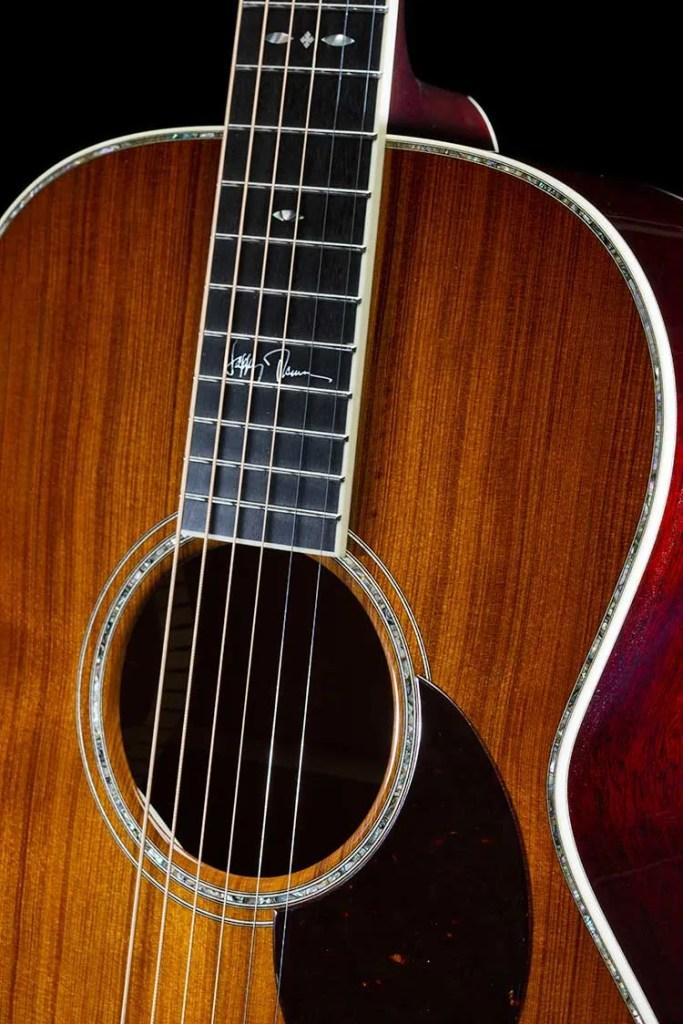 Santa Cruz HT-13 Happy Traum signature acoustic guitar close up