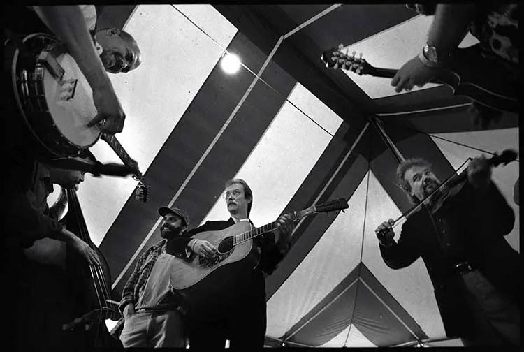Gettysburg, PA, 1999: (counterclockwise from top left) Sammy Shelor, Ronnie Simpkins, Paul Benson, Tony Rice, Ricky Simpkins, and Dan Tyminski