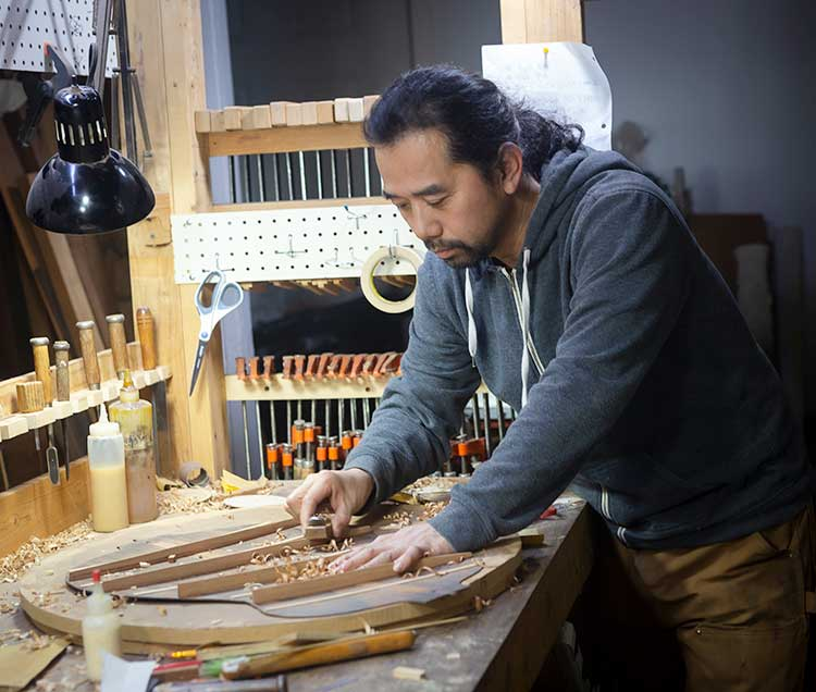 Guitar luthier Michihiro Matsuda