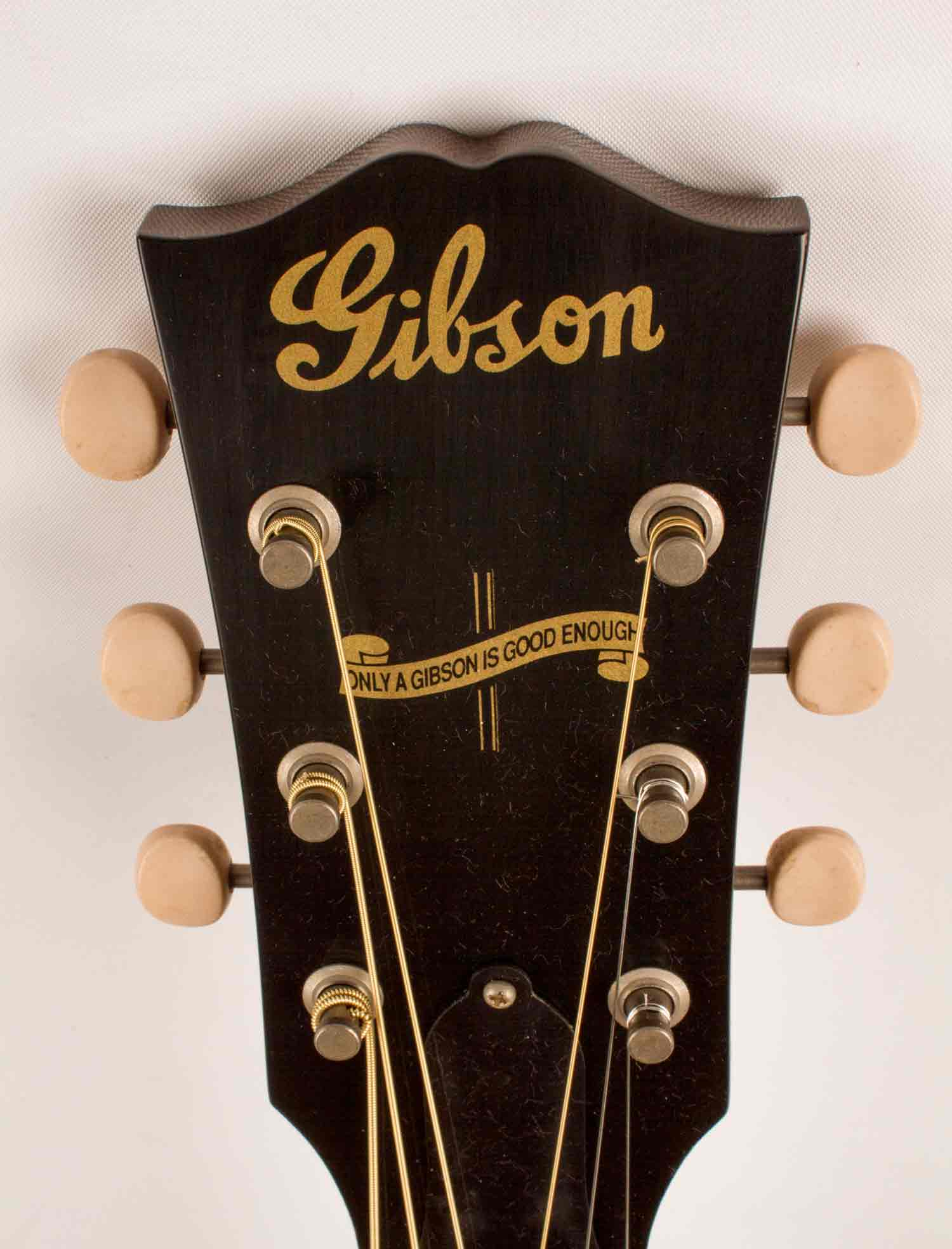 review gibson s j 45 vintage is a winning workhorse video acoustic guitar. Black Bedroom Furniture Sets. Home Design Ideas