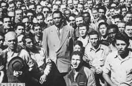 _Paul_Robeson,_world_famous_Negro_baritone,_leading_Moore_Shipyard