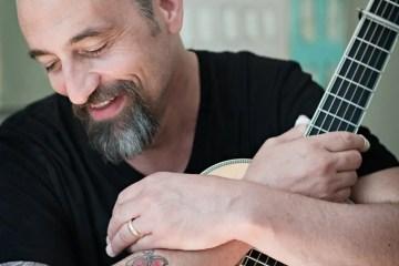 eric skye acoustic guitarist