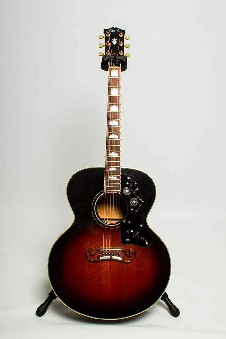 1993 Gibson J-200 VS Jumbo acoustic guitar