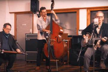 John-Hiatt-with-the-Jerry-Douglas-Band