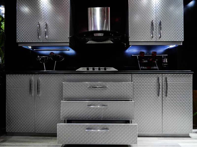 silver kitchen (1)