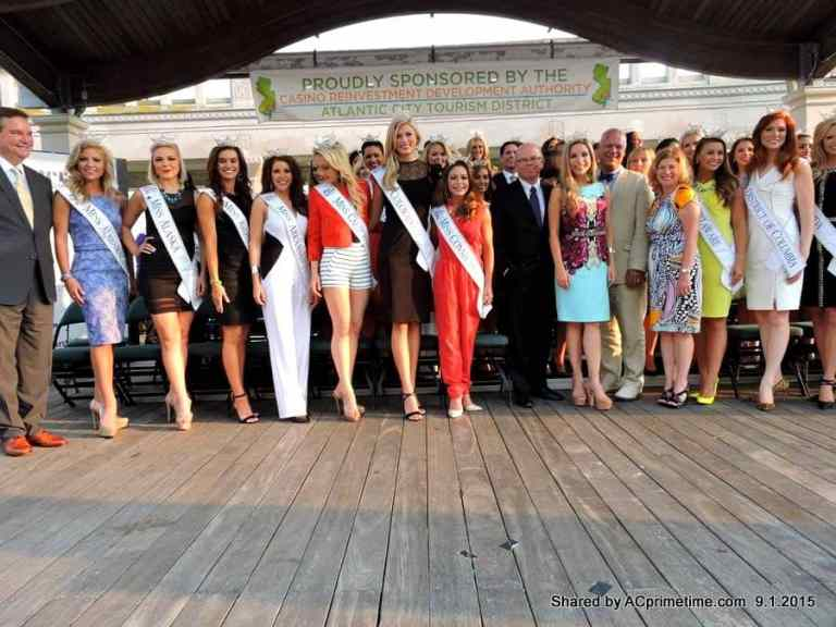 SEE PICS > Miss America Contestants Arrival Ceremony on Boardwalk