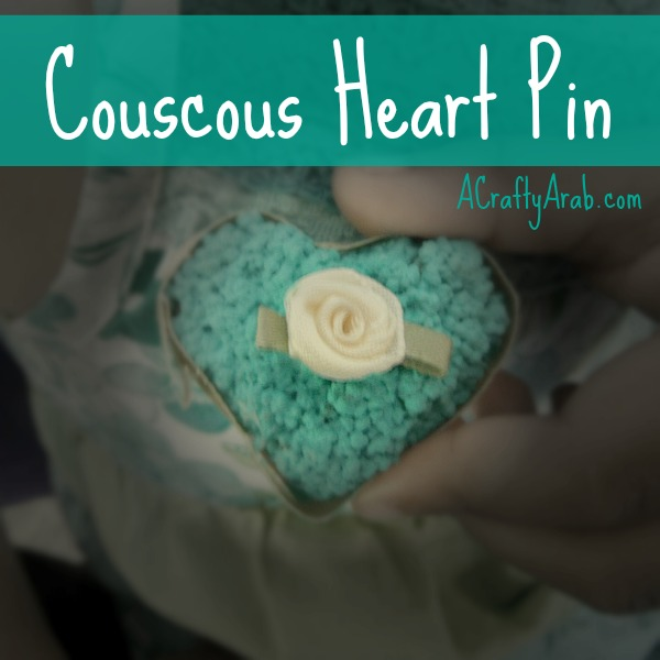 acraftyarab-couscous-heart-pin