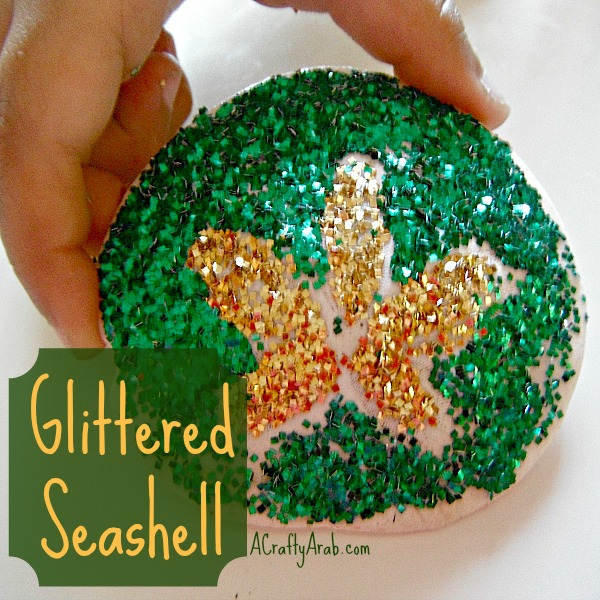 ACraftyArab Glittered Seashell Tutorial