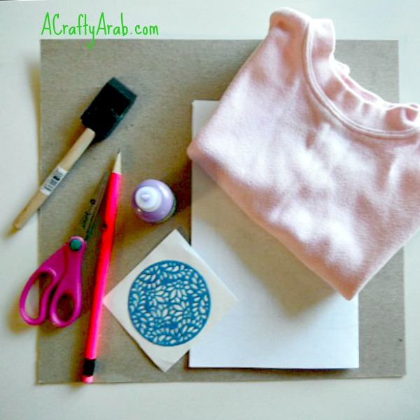 A Crafty Arab Henna Stencil Tshirt Tutorial