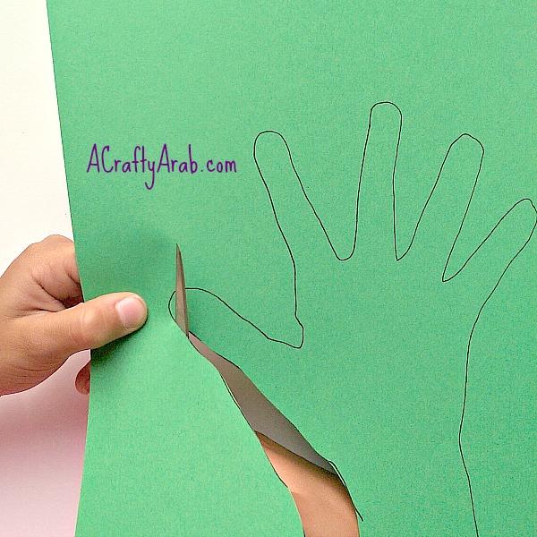 ACraftyArab Allah helps me grown handprint3