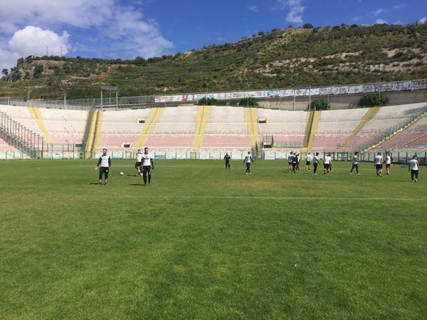 I calciatori del Messina convocati per il match con l'Isola Capo Rizzuto