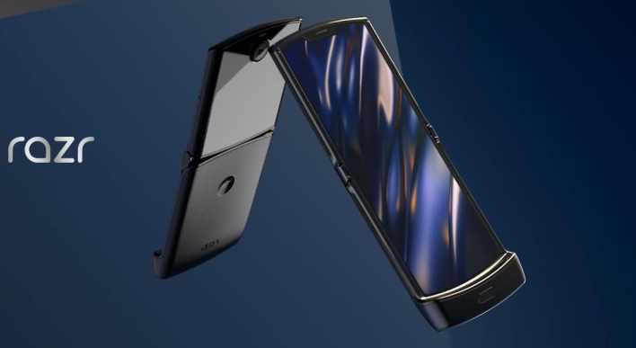 Привет из прошлого: складной смартфон Motorola Razr анонсирован официально