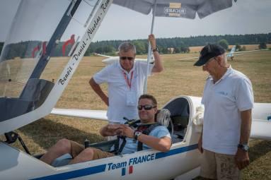 Team Frankreich bei den Startvorbereitungen - Copyright: Ruda Jung