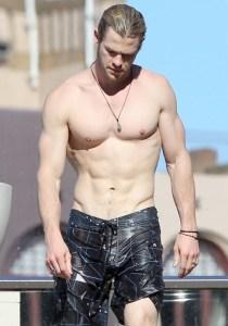 Chris Hemsworth Ripped