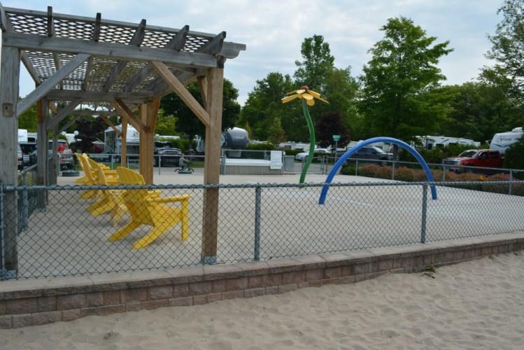 west-side-splash-park-at-carsons-camp