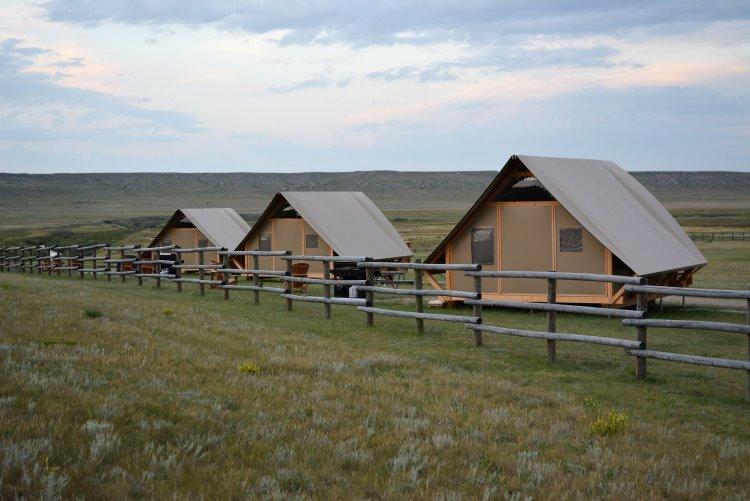 canvas-cabins-at-grasslands-national-park
