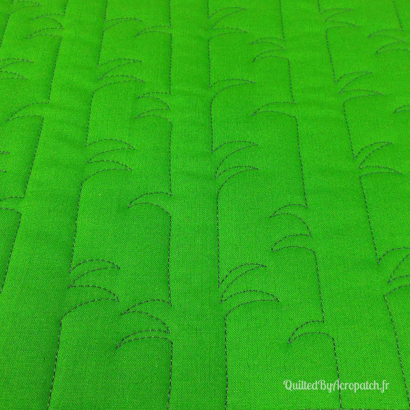 Acropatch-Motif-Quilting-BAMBOU-Sampler-fil-uni-gris (5)