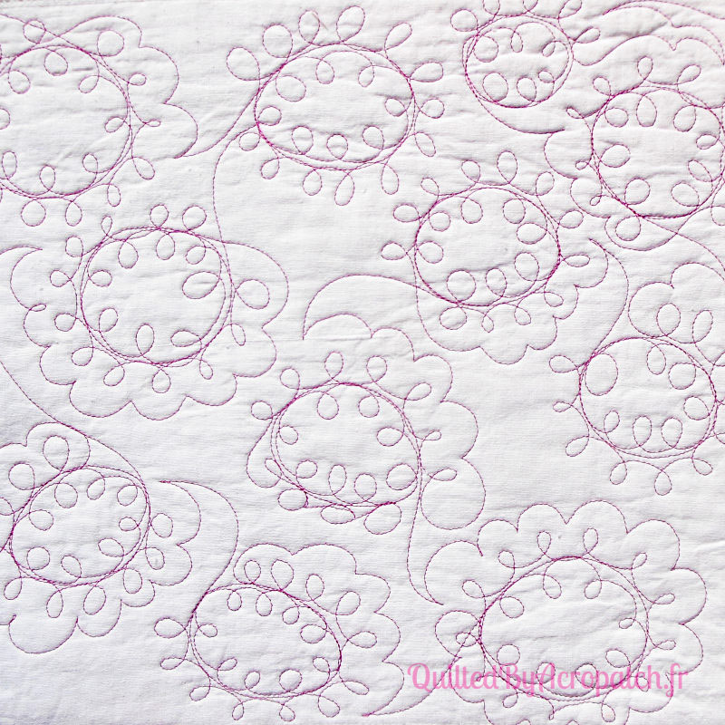 Acropatch-Motif-Quilting-LOOPING-Sampler 3