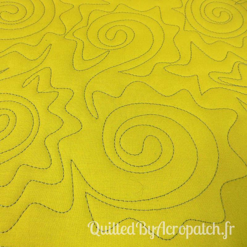 Acropatch-Motif-Quilting-SOLEIL-Sampler-fil-uni-gris (2)