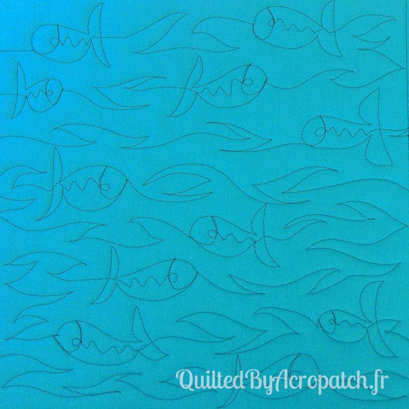 Acropatch-Motif-Quilting-SOUS LA MER-Sampler-fil-uni-gris (1)