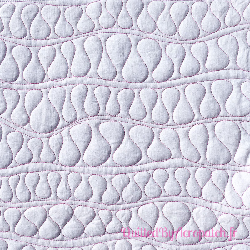 Acropatch-Motif-Quilting-SERPENTIN-vertical