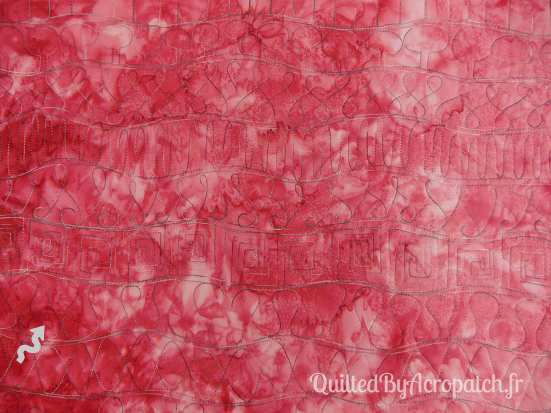 Acropatch-Motif-Quilting-SERPENTIN-vertical-medley