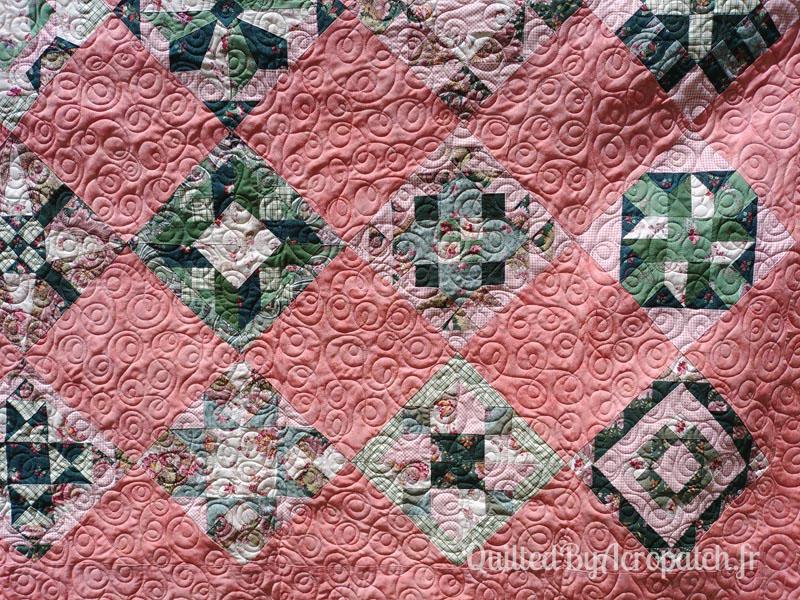 Couvre-lit-Sampler-médaillon-Motif-Quilting-DOUBLE BOUCLE-fil-multicolore-détails de plusieurs blocs et du matelassage