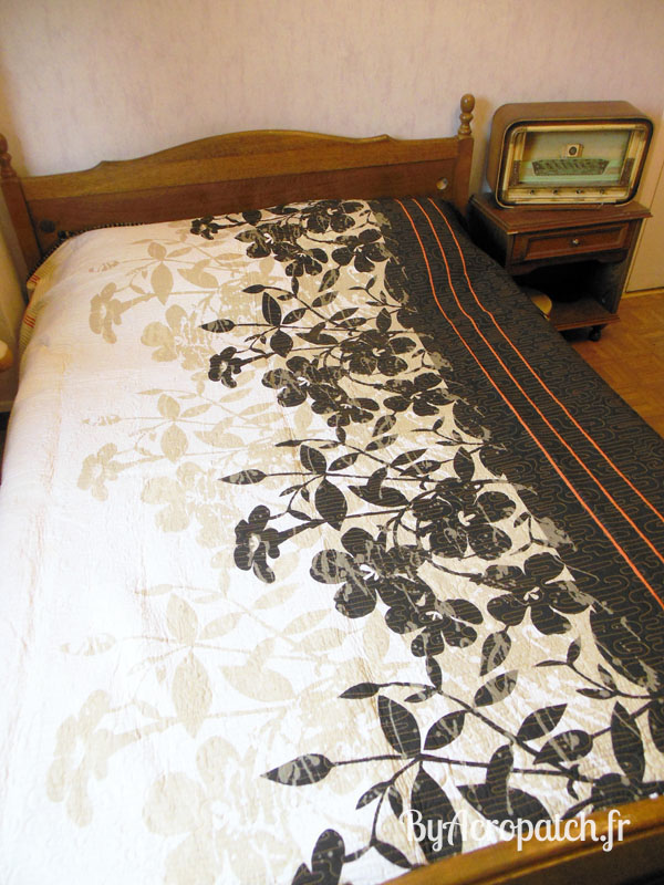 Acropatch-Couvre-lit-Geisha-tissus-japonais-203x233cm-envers