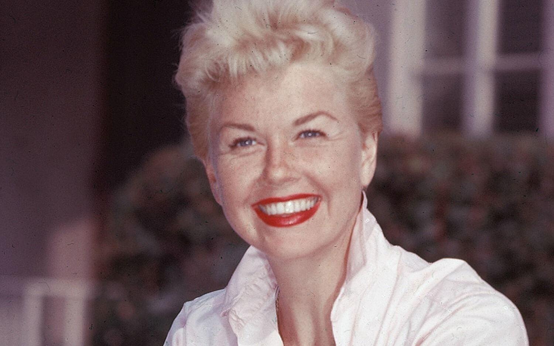 Este lunes, falleció Doris Day a los 97 años, por complicaciones asociadas a una neumonía, informó en un comunicado la fundación Doris Day Animal, dedicada a la protección de animales.