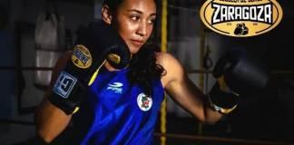 La boxeadora veracruzana Litzy Vasquez entra en acción dentro de la actividad de Olimpiada Nacional que se desarrolla en Cancún, Quintana Roo.