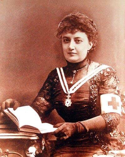 En una época complicada para la mujer, Matilde Montoya desafió a la tradición y logró ser la primera médica mexicana.