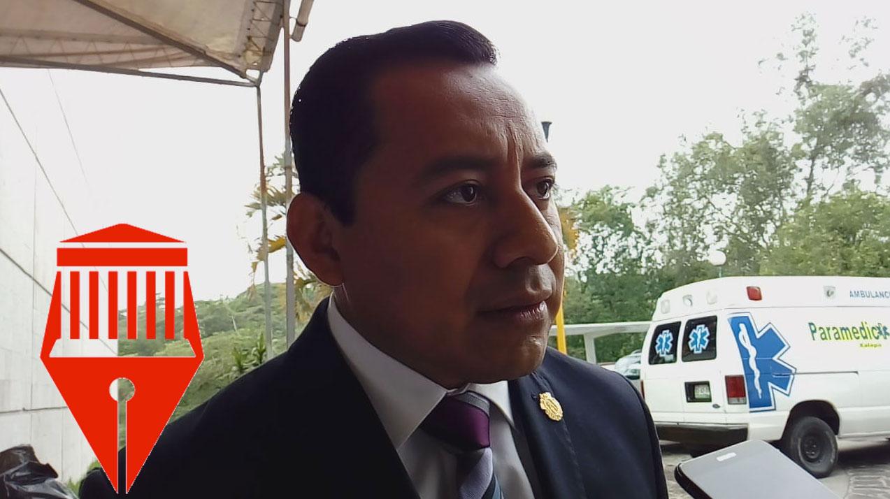 Ante el anuncio de lluvias intensas en el estado, la Secretaría de Educación de Veracruz (SEV) podría suspender clases, señaló el subsecretario de Desarrollo Educativo, Moisés Pérez Domínguez.