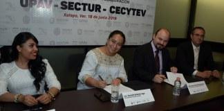La Secretaría de Turismo y Cultura (Sectur) realizó la firma de un convenio de colaboración con la Universidad Popular Autónoma de Veracruz (UPAV) y el Colegio de Estudios Científicos y Tecnológicos del Estado de Veracruz (CECyTEV), para que los jóvenes realicen su servicio social y prácticas profesionales en empresas turísticas.
