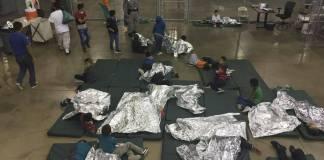 La alta comisionada de los Derechos Humanos de Naciones Unidas, Michelle Bachelet anunció sentirse consternada por las condiciones en las que mantiene Estados Unidos a los inmigrantes y refugiados detenidos, incluidos los niños.