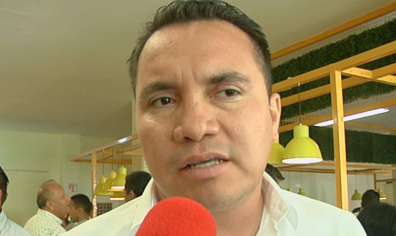 A nivel estatal se espera una respuesta positiva en cuanto al desarrollo de los niños y jóvenes talentos en los clavados, bajo el proyecto del entrenador nacional Iván Bautista, señaló el director general del Instituto Veracruzano del Deporte, Víctor Iván Domínguez.