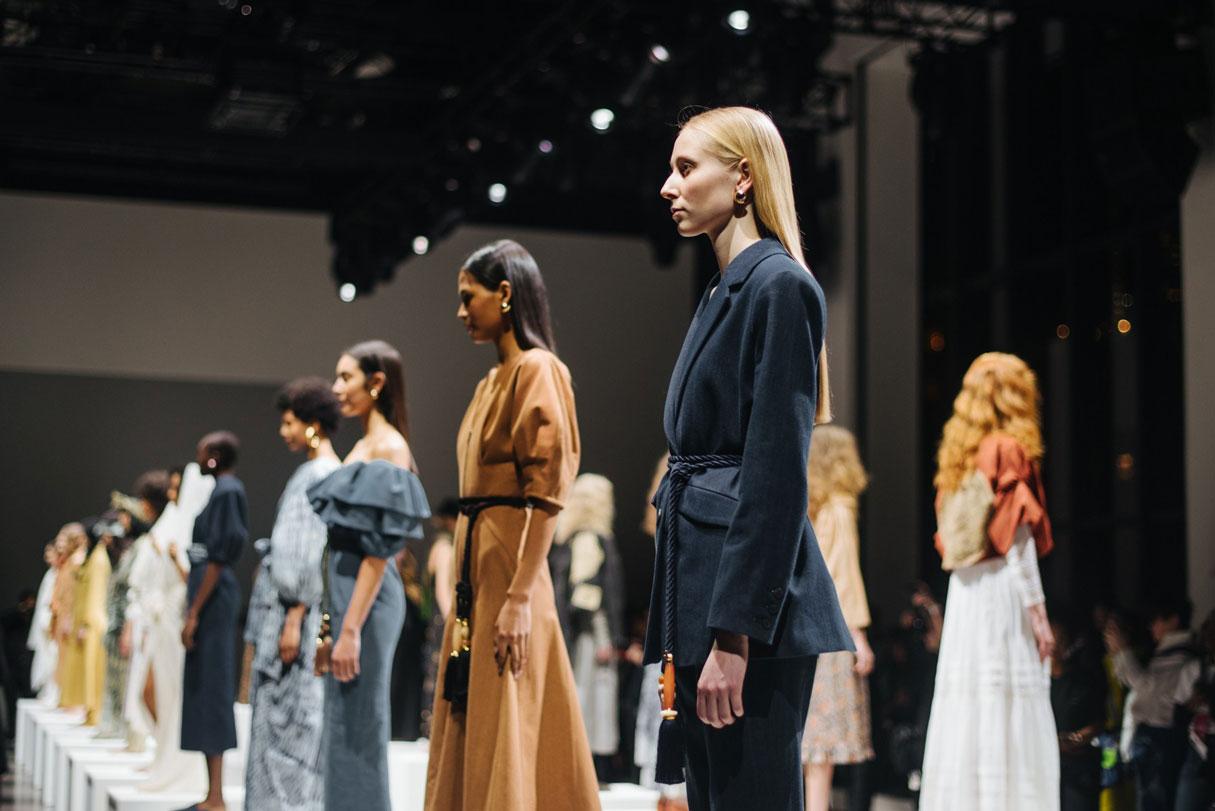 La moda y el arte se unen con motivo del festival de moda urbano Madrid es Moda, que coincide con la celebración de la Fashionweek.
