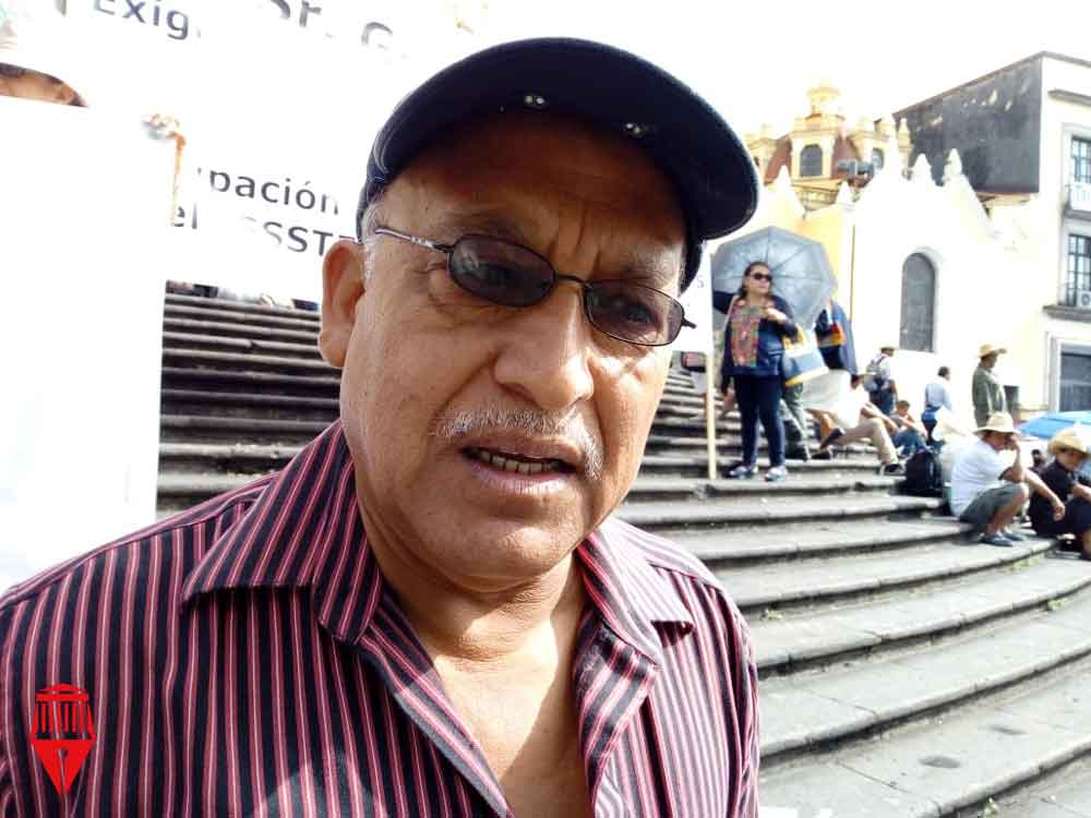 El presidente de la Asociación de Jubilados y Pensionados del ISSSTE de Veracruz, Jorge Salazar aseguró que el Gobierno de Cuitláhuac García Jiménez no ha atendido su demanda de pago de mil 500 millones de pesos por concepto de seguros institucionales.