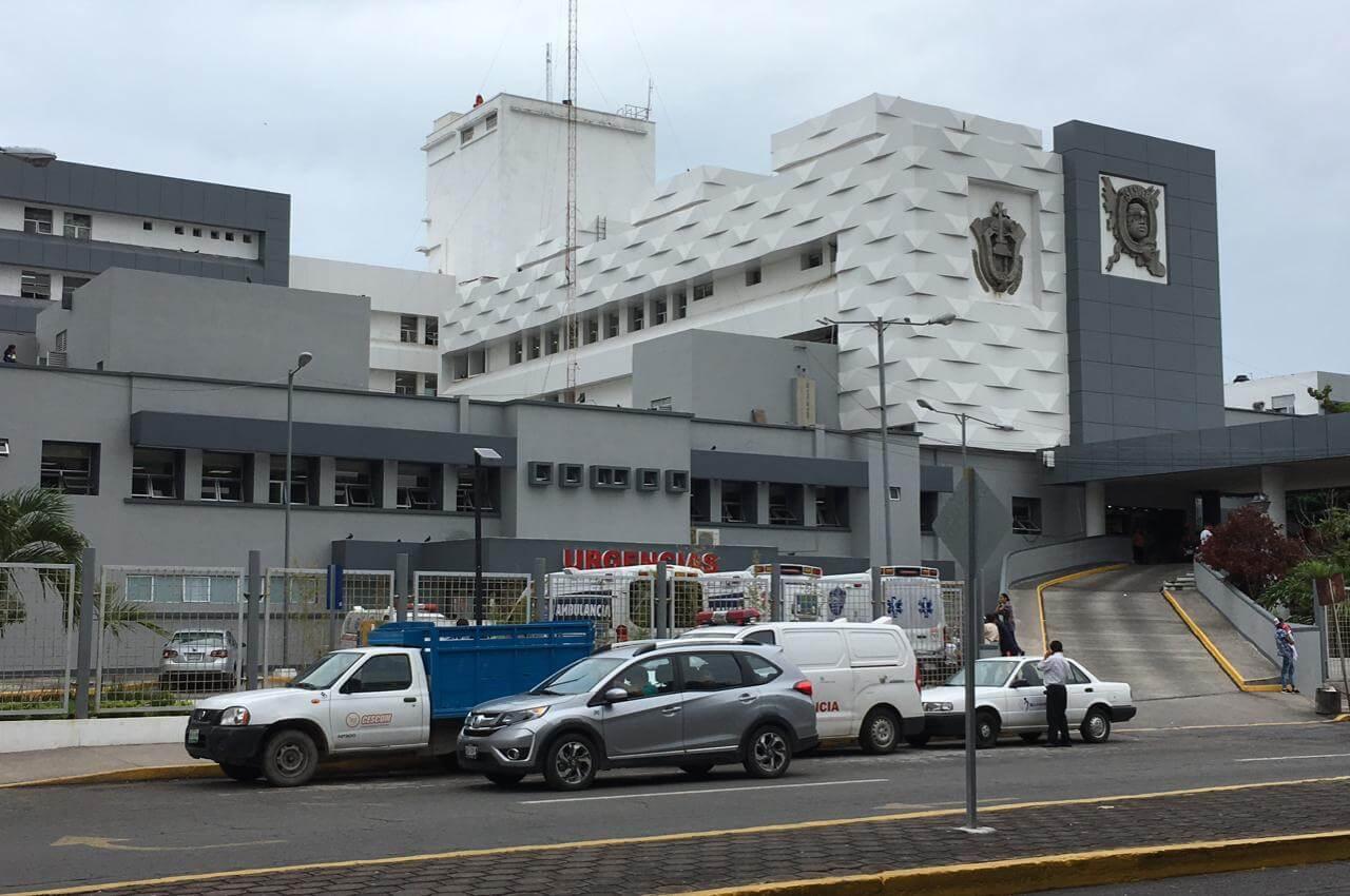 La Secretaría de Salud (SS), a través del Centro Estatal de Trasplantes (CET) del Hospital de Alta Especialidad de Veracruz (HAEV), realizó con éxito el cuarto trasplante renal pediátrico del año en una paciente de 16 años.