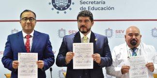 Las Secretarías de Educación de Veracruz (SEV) y de Salud (SS) firmaron un convenio de colaboración que reforzarán los planes pedagógicos de estudiantes que se forman en Ciencias de la Salud, bajo el sistema de la Dirección General de Bachillerato (DGB).