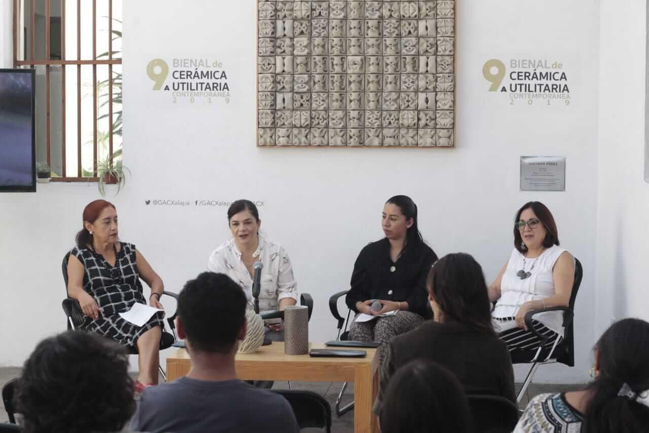 El Gobierno del Estado de Veracruz, a través del Instituto Veracruzano de la Cultura (IVEC), con el apoyo de la Secretaría de Cultura Federal, convocan a ceramistas y diseñadores(as) a participar en la 9a Bienal de Cerámica Utilitaria Contemporánea 2019, con el propósito de continuar promoviendo el diseño contemporáneo en la cerámica utilitaria, así como fortalecer y estimular la reflexión, creatividad y calidad en dicha forma de expresión.