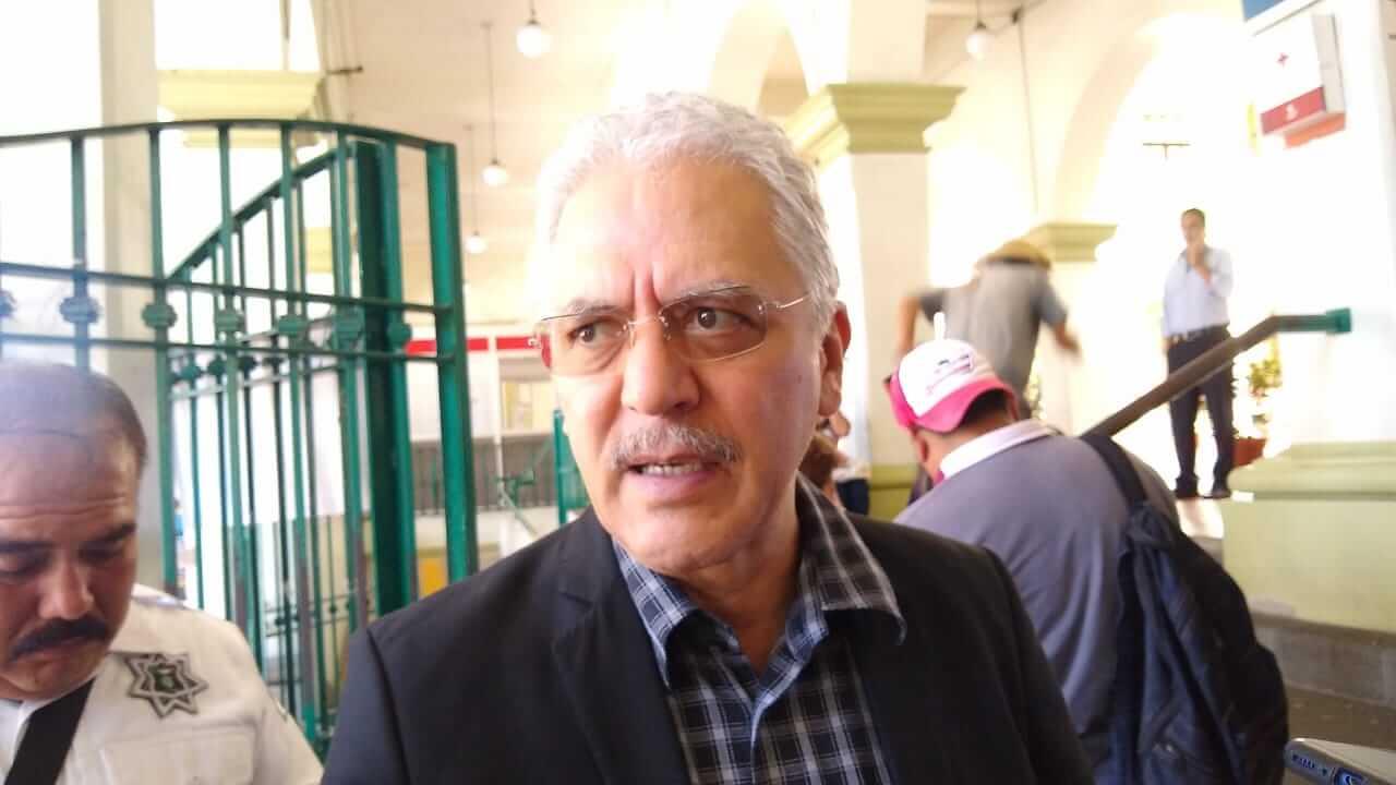 El presidente municipal de Xalapa, Hipólito Rodríguez Herrero informó quelos trabajos de rehabilitación de la calle Revolución se iniciarán este 15 de agosto y que se hará por tramos.