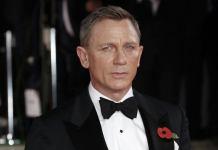 """La próxima película de la saga del agente secreto James Bond, que protagonizará por quinta ocasión el actor Daniel Craig, se titulará """"No Time To Die"""", reveló este martes la cuenta oficial en Twitter de la franquicia cinematográfica."""