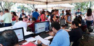 La Secretaría de Gobierno (Segob) a través de la Dirección General del Registro Civil, envió brigadas itinerantes a la zona sur del estado con la finalidad de ofrecer, de manera gratuita y oportuna, servicios para el trámite de regularización de documentos, en Minatitlán.
